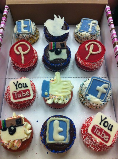 Social Media Cake Decorations